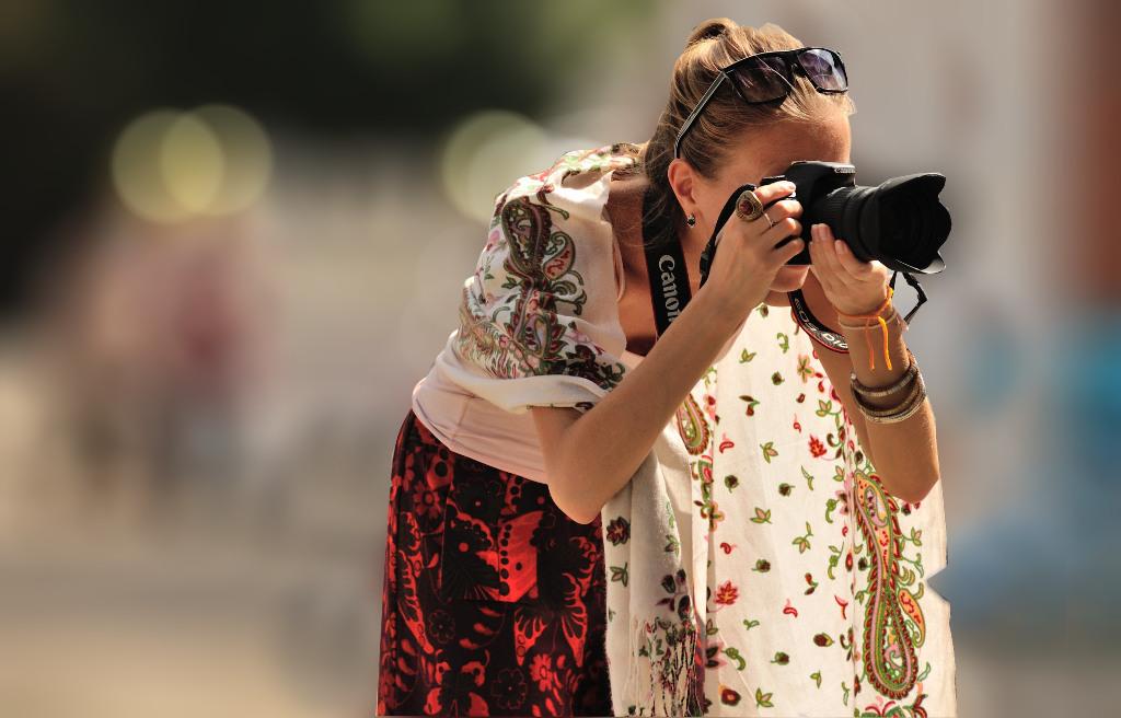 08 - Femme Canon 50x5